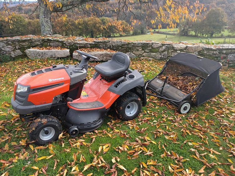 How to Charge a Lawn Mower Battery